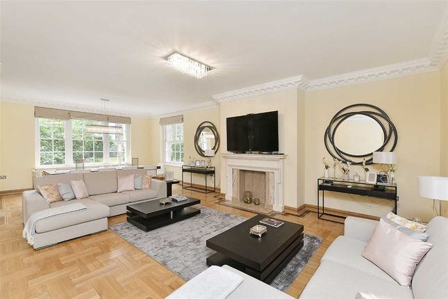 Thumbnail Flat to rent in Abbey Lodge, London