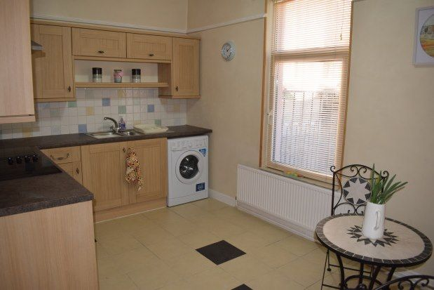 Thumbnail Property to rent in Station Road, Ammanford