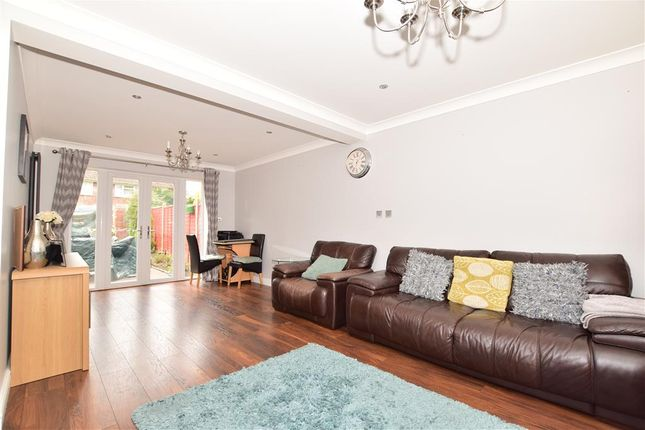 Lounge of Buckmans Road, West Green, Crawley, West Sussex RH11