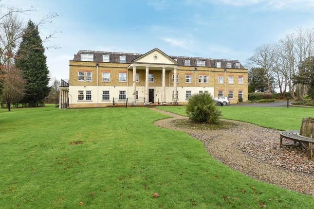 Thumbnail Flat for sale in Winkfield, Windsor
