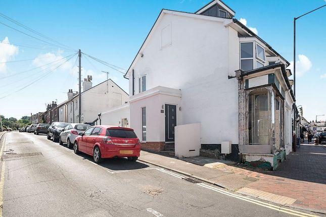 Thumbnail Flat for sale in Camden Road, Tunbridge Wells