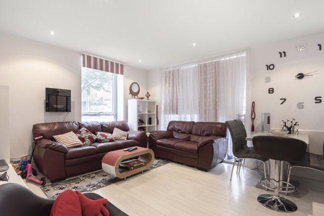 Living Room of Cygnet House, Drake Way, Reading RG2