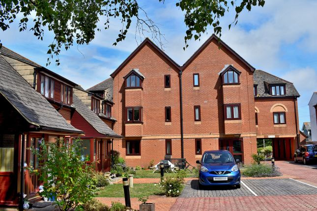Thumbnail Property for sale in Virtual Viewings Available, New Street, Lymington