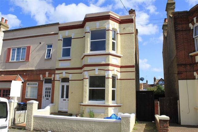 Thumbnail Flat for sale in Prices Avenue, Cliftonville, Margate
