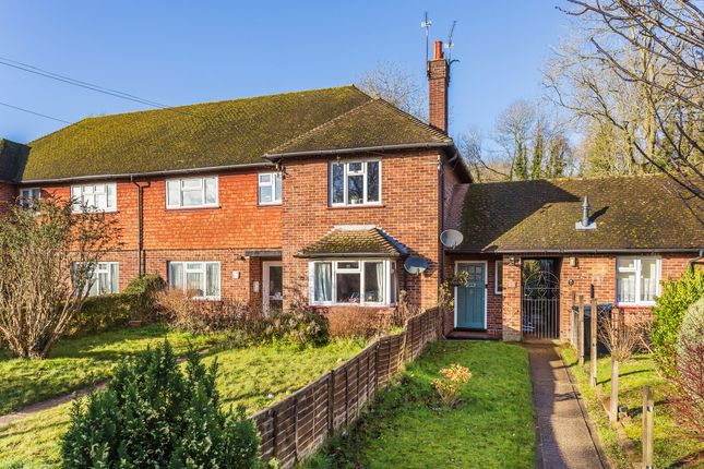 Thumbnail Maisonette for sale in Westlands Way, Oxted