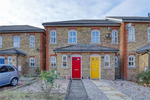 Thumbnail Semi-detached house to rent in Lullingstone Lane, Hither Green, London