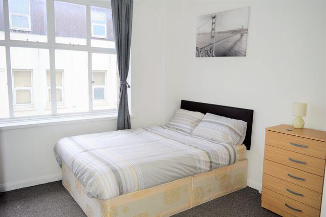 Room to rent in Whitechapel Road, Whitechapel East London