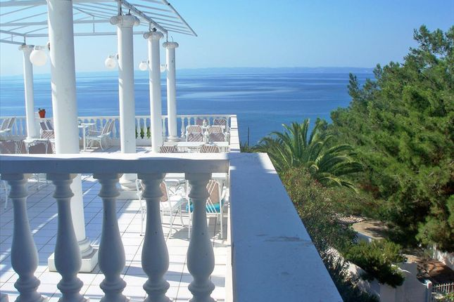 Thumbnail Hotel/guest house for sale in Sikea, Chalkidiki, Gr