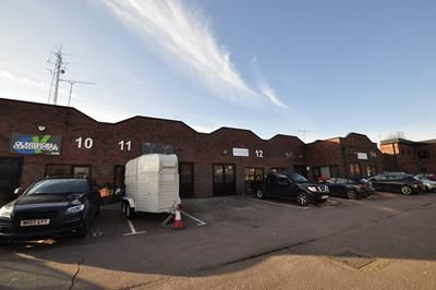 Thumbnail Light industrial to let in Lloyds Court, Manor Royal, Crawley, West Sussex