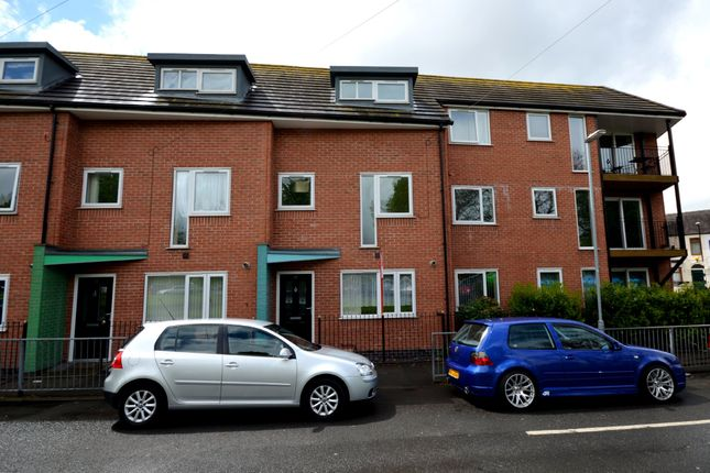 Thumbnail Town house to rent in High Street, May Bank, Newcastle-Under-Lyme
