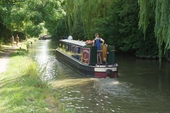 Grand Union Canal Is Close By