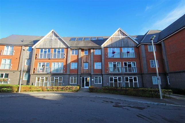 Thumbnail Flat to rent in Sandpiper House, Bletchley, Fenny Stratford