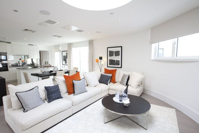 Thumbnail Flat for sale in St Marks Square, Bromley