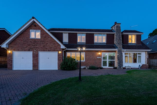 Thumbnail Detached house for sale in School Road, Waltham St. Lawrence, Reading