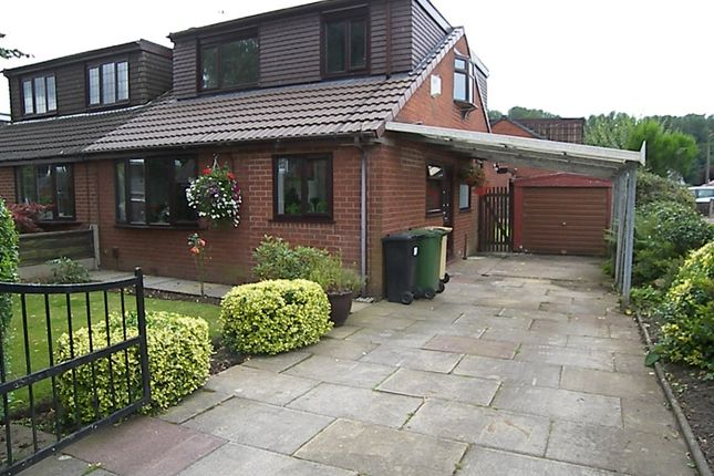 Thumbnail Bungalow for sale in Pickering Close, Stoneclough
