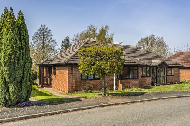 2 bed bungalow for sale in Willow Bank Close, Throckmorton, Pershore WR10