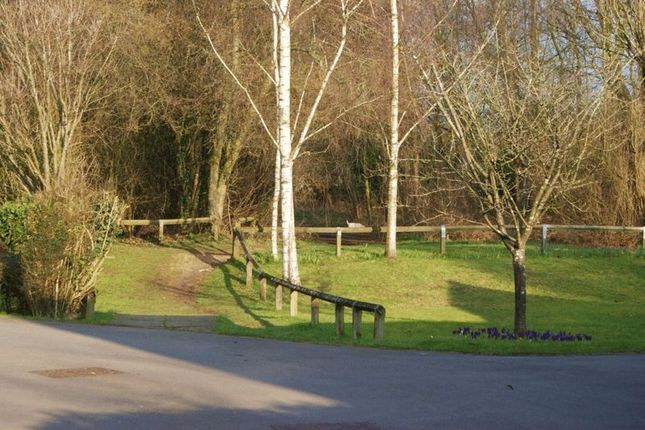 Photo 7 of New Bath Road, Charvil, Reading RG10