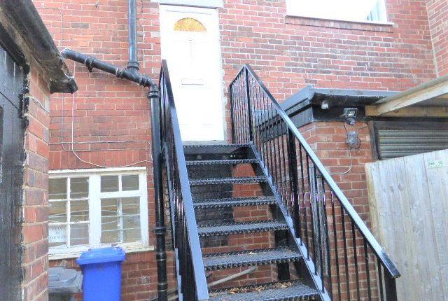 Flat to rent in Birley Moor Road, Sheffield