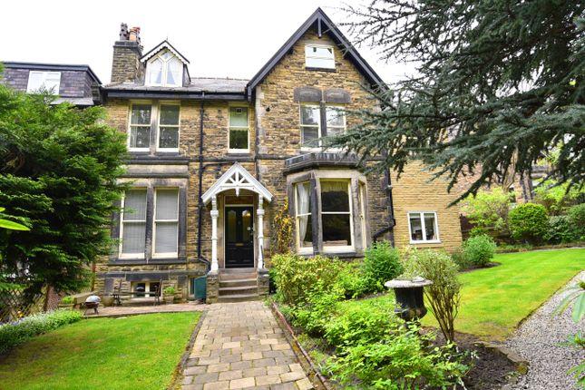 Thumbnail Flat to rent in Alexandra Road, Harrogate