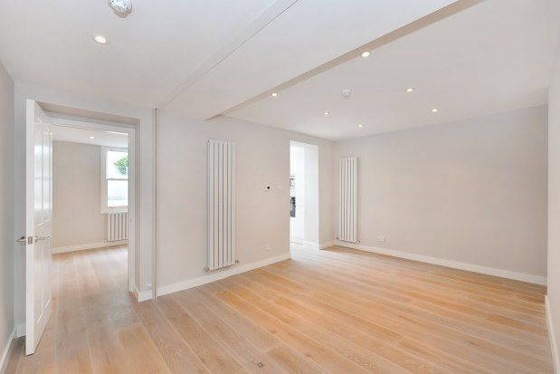 2 bed flat to rent in Ifield Road, London SW10