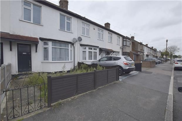 Thumbnail Terraced house to rent in Stafford Avenue, Hornchurch