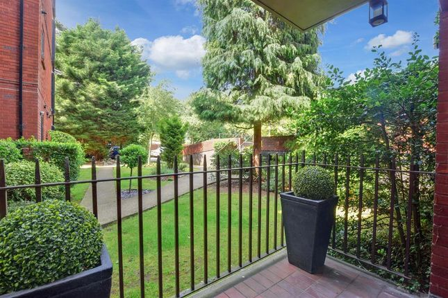 Thumbnail Flat for sale in Savill Row, Woodford Green, Essex