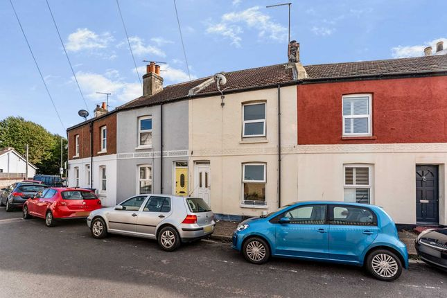 Thumbnail Terraced house for sale in Station Road, Broadwater, Worthing