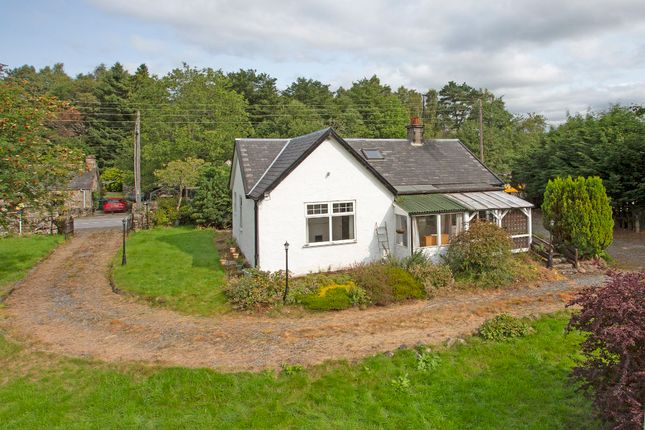 Thumbnail Detached bungalow for sale in Craigmhor, Calvine, Pitlochry