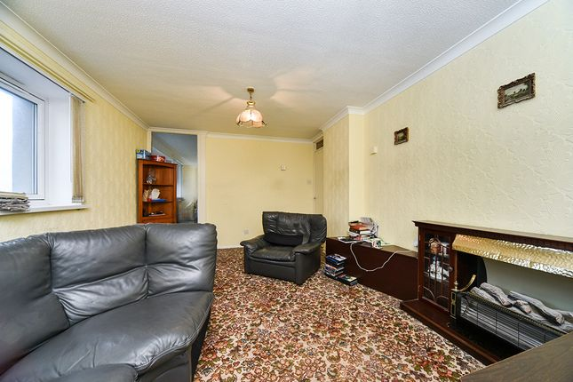 Sitting Room of Cambridge Street, Hull, East Yorkshire HU3