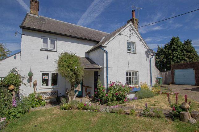 2 bed terraced house for sale in Blenheim Close, Cheddington, Leighton Buzzard LU7