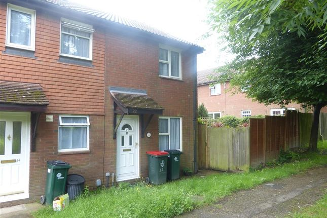 Thumbnail Property to rent in St. Aubin Close, Crawley