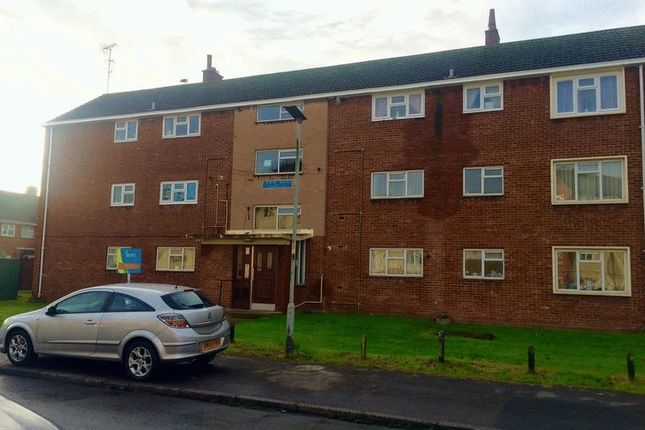 Thumbnail Flat to rent in Byron Avenue, Gloucester