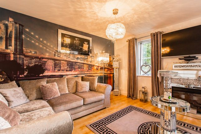 Thumbnail Flat for sale in Priory Chase, Rayleigh