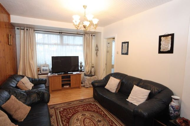 Photo 4 of Conway Crescent, Perivale, Greenford UB6