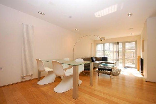 Thumbnail Maisonette to rent in Kay Street, London