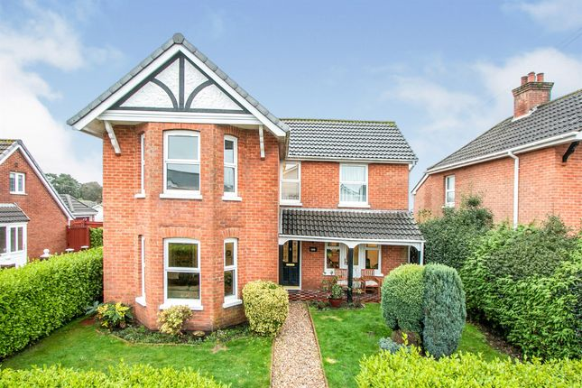 Thumbnail Property for sale in Victoria Road, Ferndown
