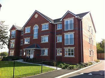 Thumbnail Flat to rent in Lancaster Place, 1 Terminus Road, Bromborough, Wirral