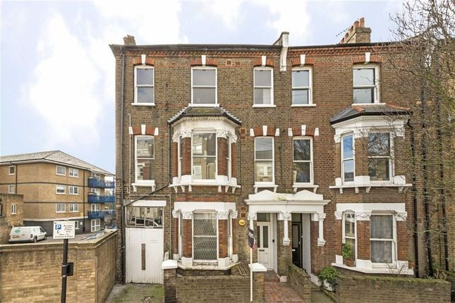1 bed flat for sale in Hormead Road, London