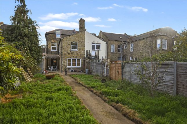 Garden of Earlham Grove, London E7