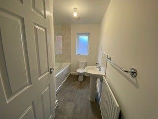 2 bedroom end terrace house for sale in Tarragon Close, Melksham