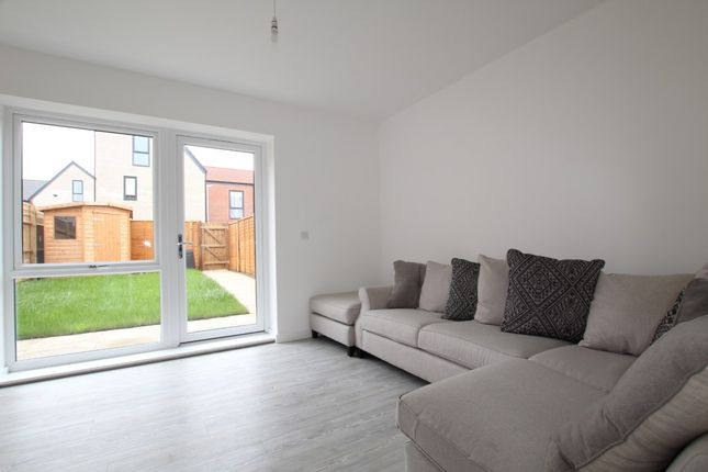Thumbnail Flat to rent in Hughes Road, Ilford
