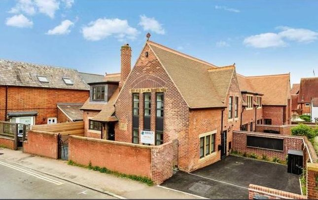 Thumbnail Property to rent in 1A Newcomen Road, Tunbridge Wells, Kent