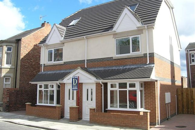 Thumbnail Town house to rent in Welldeck Road, Hartlepool