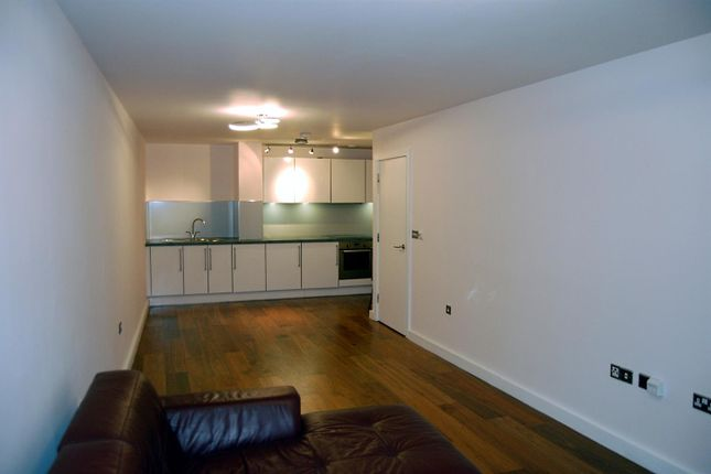 Flat To Rent In Mosaic Apartments High Street Slough