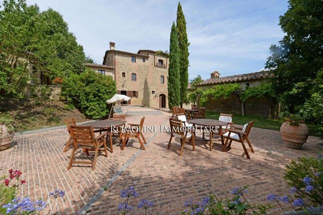 14 bed villa for sale in Umbertide, Umbria, Italy