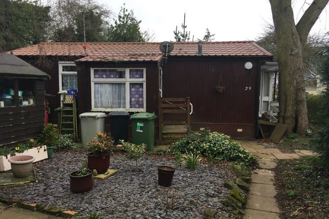 Thumbnail Mobile/park home for sale in Ranksborough Hall Park, Langham, Oakham