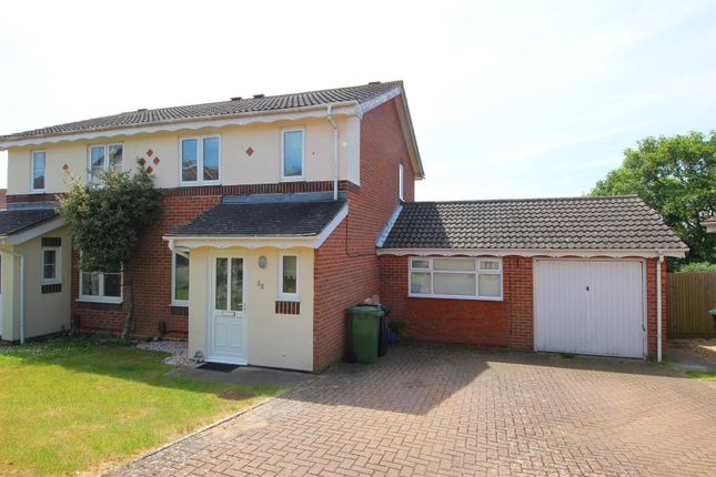 Thumbnail Property to rent in Henge Way, Portslade, Brighton