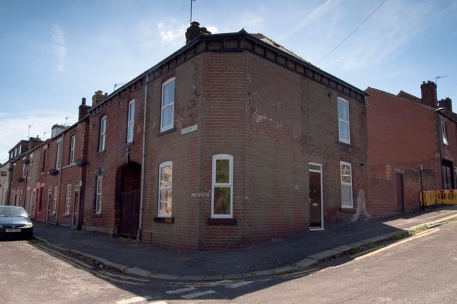 3 bed end terrace house to rent in Mackenzie Street, Sheffield
