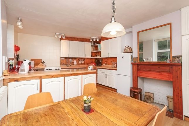Kitchen Diner2 of Owl Cottage, Starkholmes Road, Starkholmes, Matlock DE4