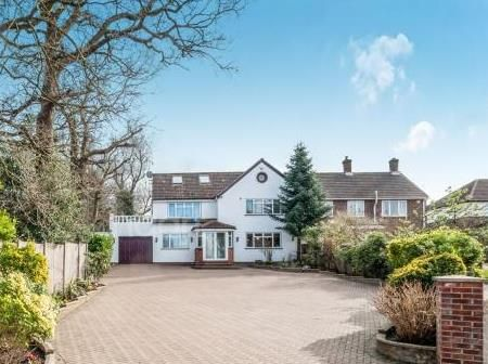 Thumbnail Semi-detached house for sale in Carrington Avenue, Borehamwood